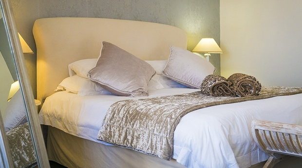 luxury room 3 sea point accommodation rh rhondasmanor co za